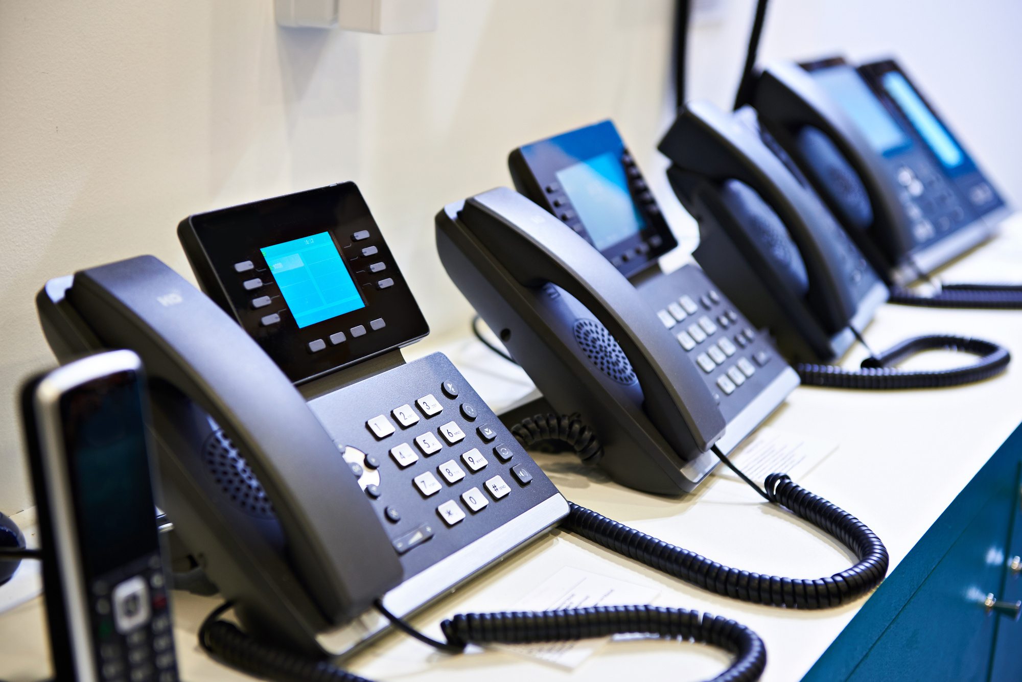 Ring-A-Ding, Hello! The Money Saving Advantages of VoIP Phone Systems
